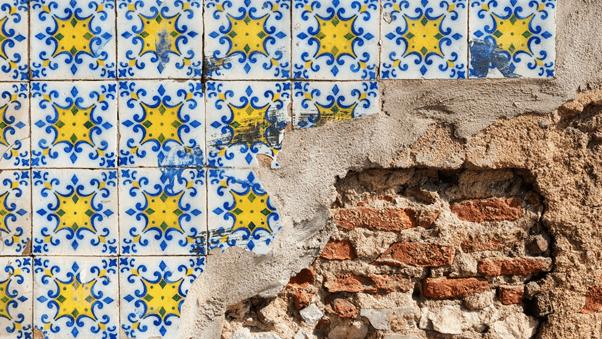 azulejos wall