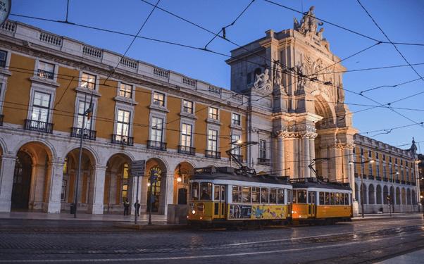Praca do comercio, Lisbon tram